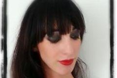 Maquillaje realizado por Vicky Vovchuk Smokey eyes y labios rojos