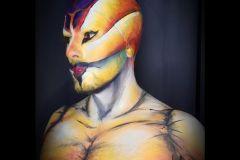 Artístico basado en el circo del sol.